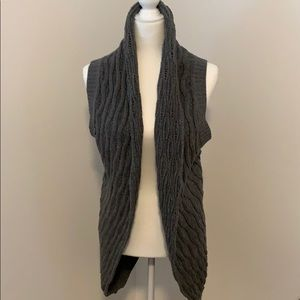 Ella Moss Cable Knit Sweater Vest, Size Small.
